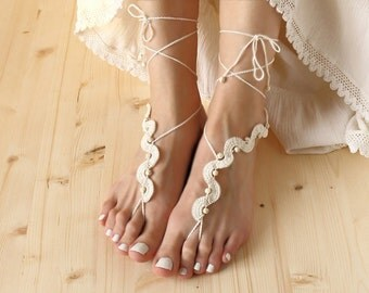 Beach wedding barefoot sandals Ivory footless sandles beaded barefoot sandals foot jewelry Festival anklet Bare foot sandals