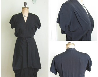 EOS SALE 1940's Rayon Dress with Hip Swag. V Neck. Belted