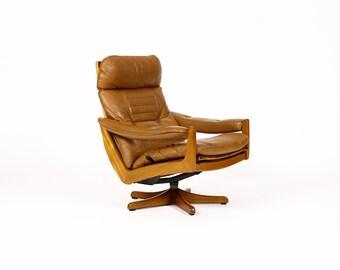 Danish Modern / Mid Century Teak Reclining Swivel Lounge Chair — Lied Mobler — Caramel Leather