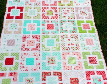 Easter sale Free Shipping:Hello darling Garden Lattice Quilt