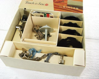 Vintage Singer Sewing Machine Accessories Touch & Sew 600 Sewing Attachments