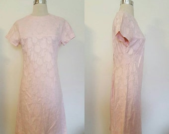 ON SALE 1950s Pink Roses Day Dress size Medium