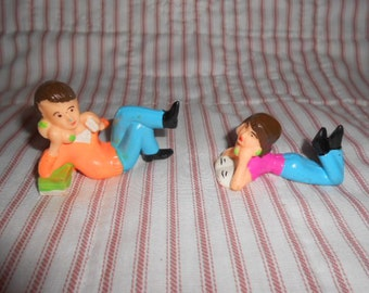 Couple Talking On the Phone Cake Toppers-Vintage