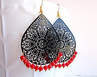 Black earrings, teardrop earrings, long earrings, winter trends 2018,  lace earrings, crystal earrings, bright red earrings, gold earrings