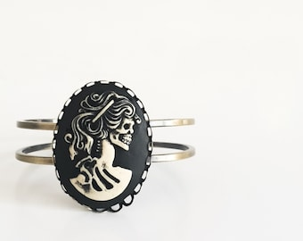 Steampunk Skull Bangle Psychobilly Rockabilly Tattoo Goth Jewellery Jewelry Accesories