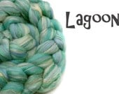 Blended tops / roving - 23 micron Merino- Tussah silk - Mulberry Silk  - 100g/3.5oz- LAGOON