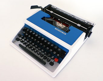 Underwood Typewriter Model 315 Blue White / Ettore Sottsass
