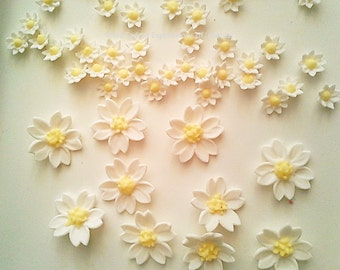 Sugar Flowers Gumpaste Fondant Daisy Wedding, Christening, White,Yellow Edible Daisy Style  Flowers / Various - Choose Item