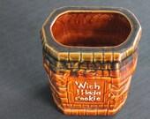 vintage McCoy Pottery USA Wishing Well I Wish I Had a Cookie Jar bottom no lid