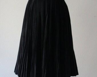 Vintage 1940s Beautiful Pleated Black Skirt Worn By Russian Ballet Dancer