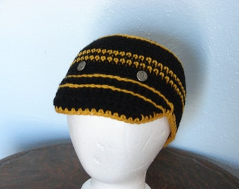 Crochet Newsboy Style Cap in Black and Gold