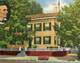 Abraham Lincoln's home in Springfield Illinois.  Vintage postcard, linen finish.