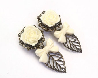 Rose Bow Leaf Ear Plugs