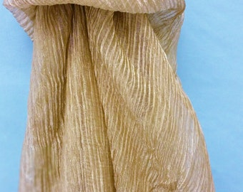 Crinkle silk metallic fabric in gold and white
