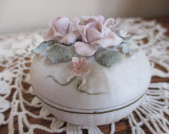 1960s Vintage Lefton porcelain roses ring jewelry treasure dish with lid