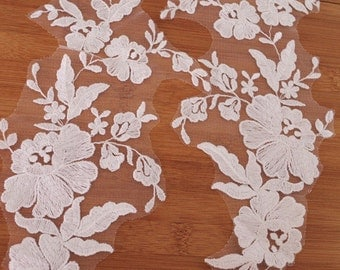 2 pcs lace applique with retro flowers, embroidered lace appliques, ivory lace applique