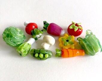 A cute set of ten veggies for you.