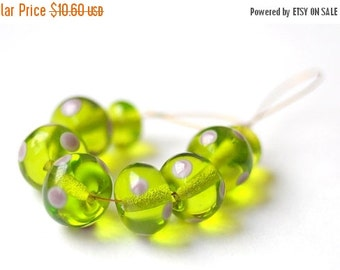 ON SALE Lime Dotted - 8 Beads Set - handmade glass lampwork beads