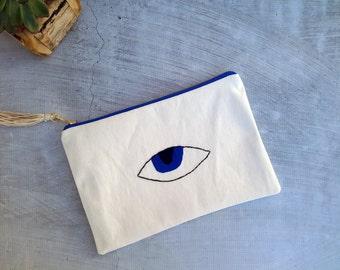 "Evil Eye Clutch Bag - White Canvas Clutch Bag - Summer Bag - Hand Embroidered Bag - Bohemian Bag - Gift for Her - 27x18cm (11x7"")"