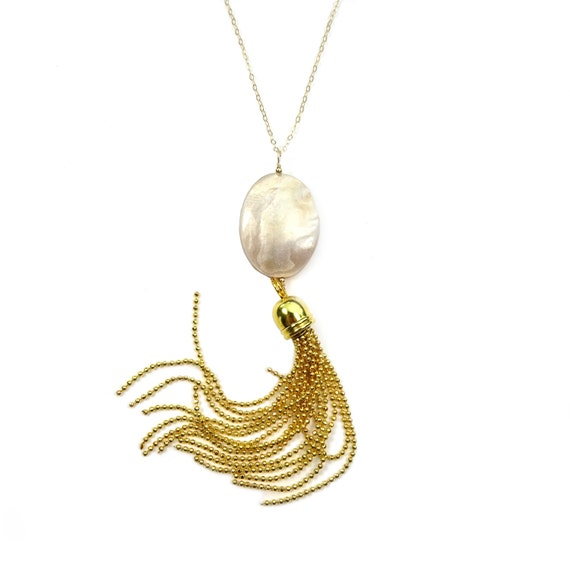 Long Gold Tassel Necklace, Long Tassel Necklace, Gold Necklace, Mother of Pearl Necklace, Long Boho Necklace, Tassel Pendant, Boho Chic