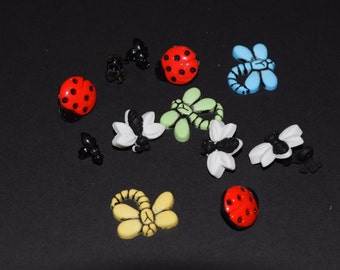 Scrapbook craft embellishment buttons insect ladybug dragonfly 12 count