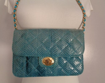 Lovely Vintage Magnum Fashion Inc Turquoise Blue Classic Quilted Snake Leather w/Gold Tone Chain Strap Shoulder Bag Purse Cute Small Handbag