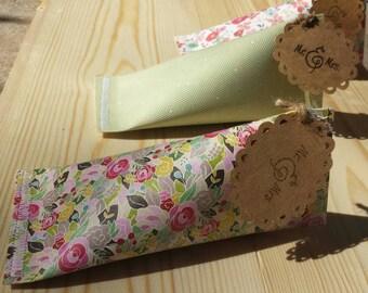 Paper Parcel Wedding Favors!