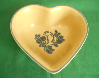 Pfaltzgraff Folk Art Heart Shaped Bowl, Made in USA, 8 1/4 inch Stoneware Bowl