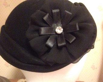 Black Cloche/Capulet style  Hat made by Davisons Dept Store