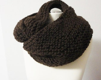 Loop Tube Infinity Scarf brown handknitted