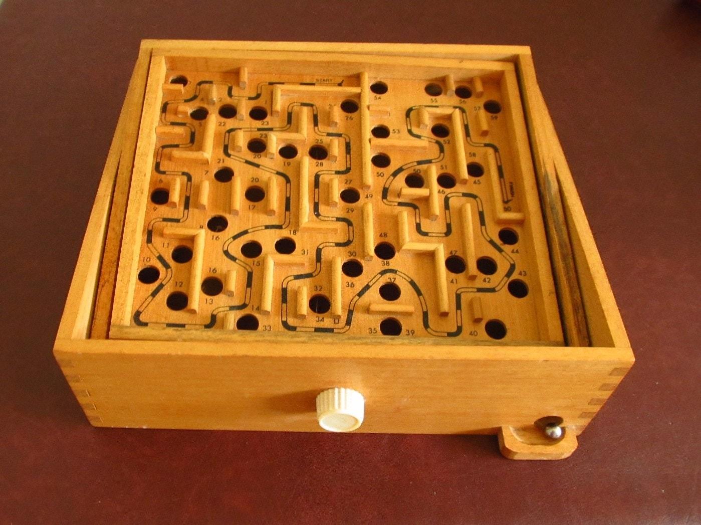 Wood Labyrinth Marble Maze Tilting Game Steel Ball Vintage