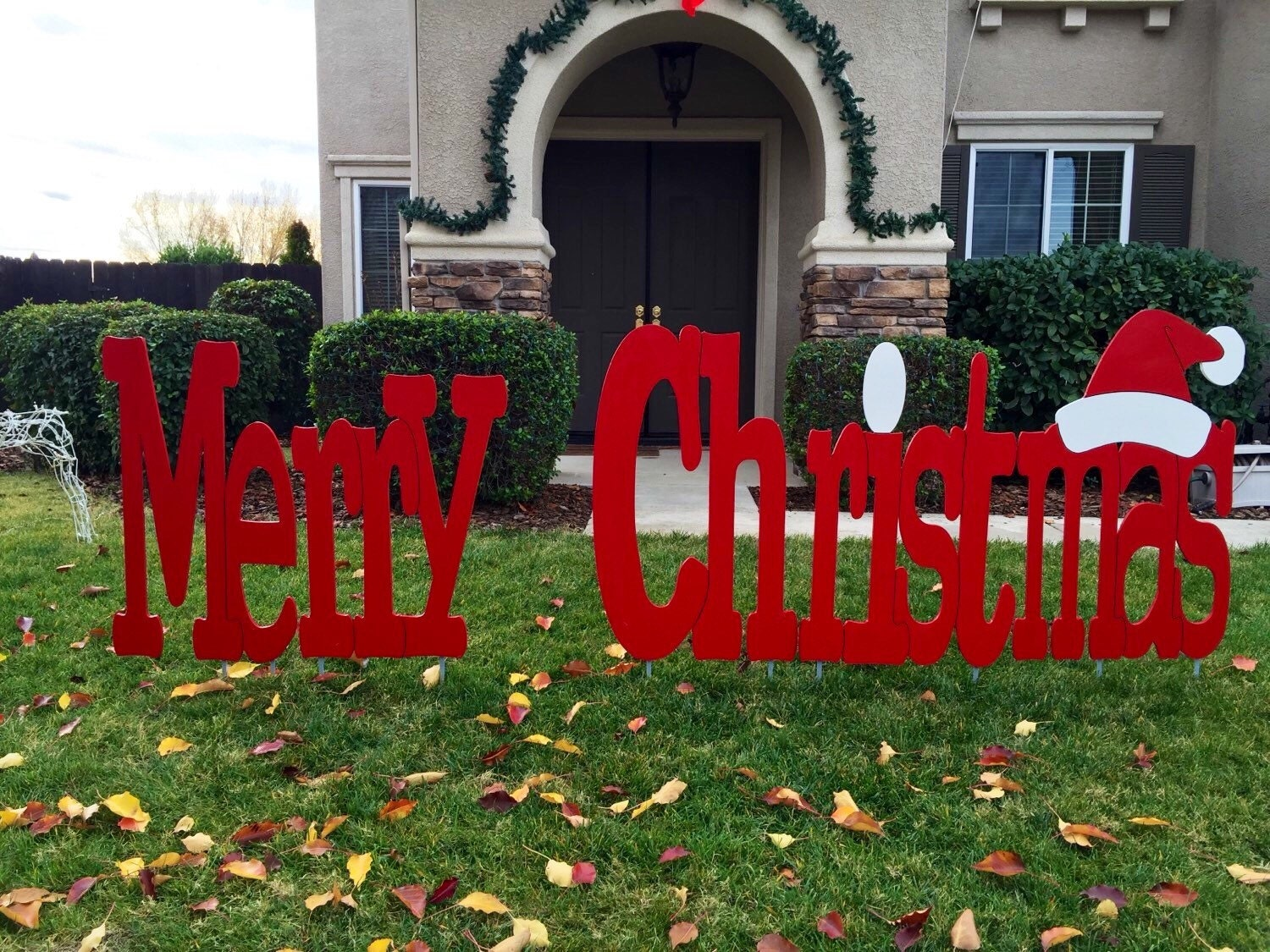 Merry christmas outdoor holiday yard art sign large for Holiday lawn decorations