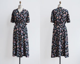 Roses and Thickets Dress / 1940s floral wrap dress / vintage floral rayon