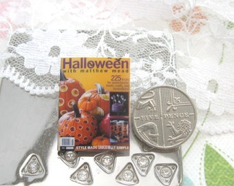 dollhouse magazine halloween  12th scale miniature
