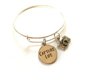 Camera Adjustable Bangle Bracelet Photography Charm Capture Life Mantra Quote Photographer Words Inspirational Message Expandable Jewelry