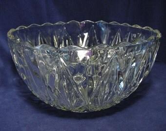 Punch Bowl Vintage Hazel Atlas Williamsport Pattern Large Serving Salad Snacks