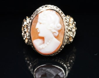 Vintage Cameo Ring in 14k Yellow Gold Jewelry Ring Cameo Jewelry Cocktail Ring
