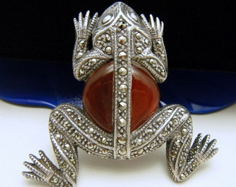 Sterling Silver Frog Carnelian Belly Stone Marcasites Brooch Pin