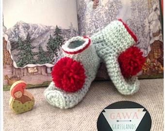 Elf/ Gnome Mukluks-crochet-short slippers