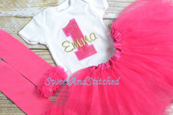 Hot Pink and gold First (1st) Birthday Outfit, ruffle bloomers - First birthday outfit, birthday bloomers! pink gold cake smash outfit tutu