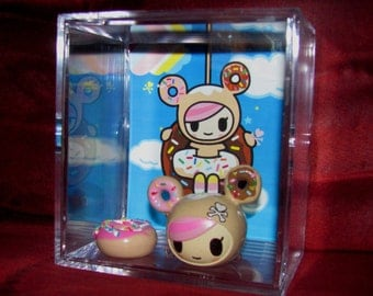 L@@K~~tokidoki Donutella **Large Case** display...New...