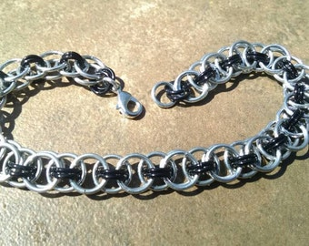 Helm Weave Chainmaille Bracelet - Silver & Black