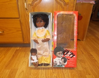 1970's Patty & Penny Musical wind up Doll with Baby NIB African American