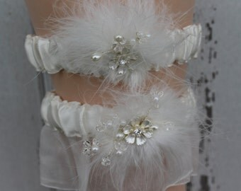 Ivory Bridal Garter with Flower and Crystal Center/ Garter Set/ Shabby Chic