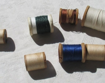 Lot Of Vintage Wooden & Styrofoam Sewing Spools With Thread