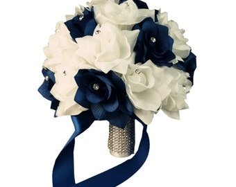 "10"" (2-Dozen Rose) Bouquet:Navy Blue &White (or Ivory)"