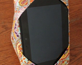 Kindle / iPad mini Pillow Stand