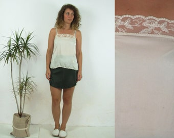 90's vintage women's butter silk top with lace