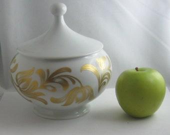 H & Co Selb Bavaria Germany Heinrich. BIG porcelain box. Height about 17 cm. Vintage