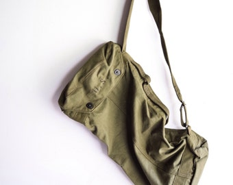 military bag, army bag, military canvas bag, authentic green canvas army military duffel bag or backpack, 1945, vintage
